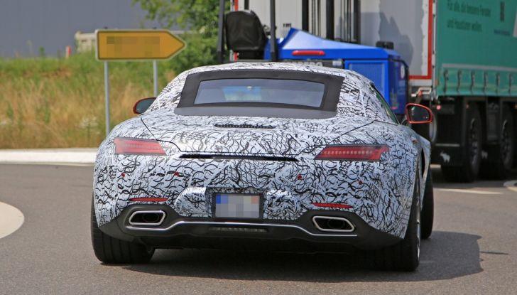 Mercedes AMG GT Roadster, le prime immagini spia dei test - Foto 7 di 10