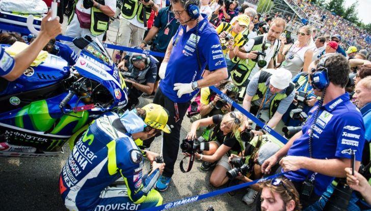 Risultati MotoGP 2016, Brno: trionfa Crutchlow, secondo Rossi - Foto 11 di 21