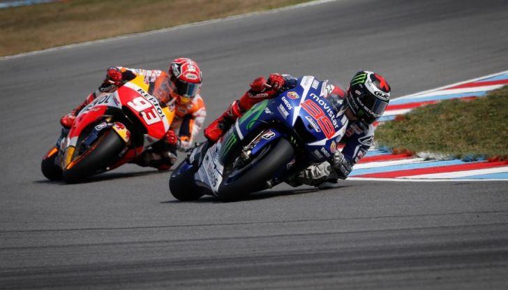 Risultati MotoGP 2016, Brno: trionfa Crutchlow, secondo Rossi - Foto 18 di 21