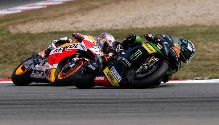 Risultati MotoGP 2016, Brno: Marquez primo nelle qualifiche, Iannone terzo - Foto 19 di 21