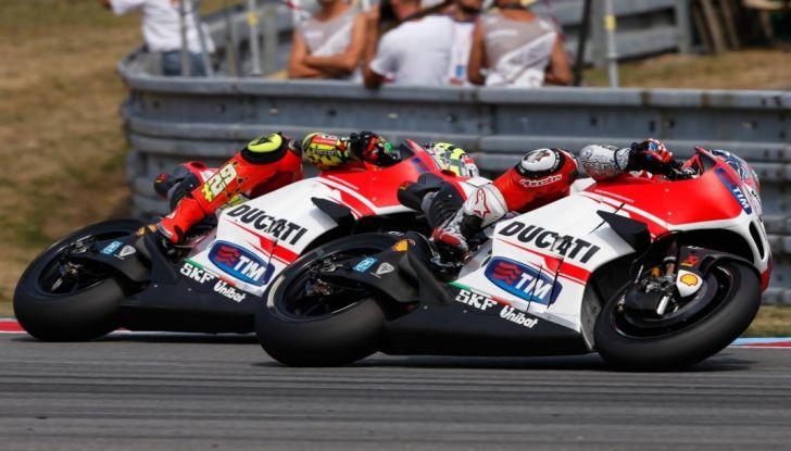 Risultati MotoGP 2016, Brno: Marquez primo nelle qualifiche, Iannone terzo - Foto 20 di 21