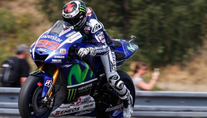 Risultati MotoGP 2016, Brno: trionfa Crutchlow, secondo Rossi - Foto 7 di 21