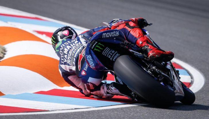 Risultati MotoGP 2016, Brno: trionfa Crutchlow, secondo Rossi - Foto 9 di 21
