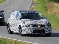 Nuova Volkswagen Polo 2017, prime immagini spia e dati tecnici