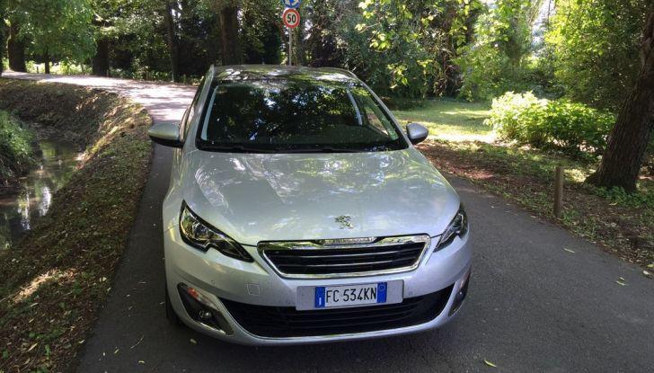 Peugeot 308 station wagon BlueHDi 150 CV: test drive, prezzi e caratteristiche - Foto 20 di 24