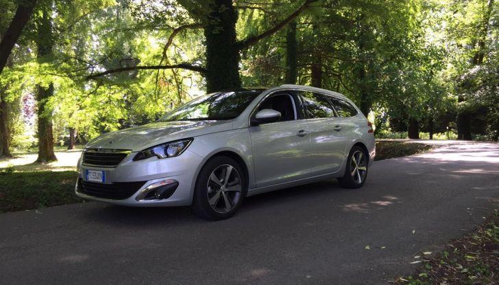Peugeot 308 station wagon BlueHDi 150 CV: test drive, prezzi e caratteristiche - Foto 21 di 24