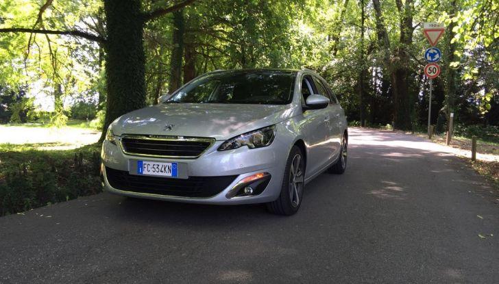 Peugeot 308 station wagon BlueHDi 150 CV: test drive, prezzi e caratteristiche - Foto 22 di 24