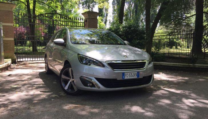Peugeot 308 station wagon BlueHDi 150 CV: test drive, prezzi e caratteristiche - Foto 8 di 24