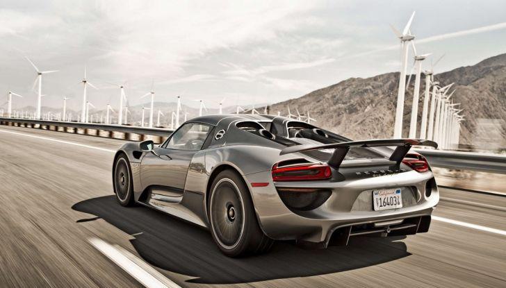 Porsche 918 Spyder: per averla c'è chi scambia un'isola - Foto 6 di 10