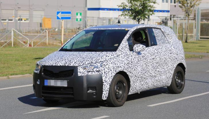 Opel Meriva 2017: le foto spia del prototipo, ora con maggiori dettagli - Foto 3 di 16
