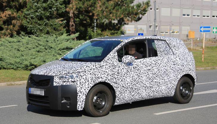 Opel Meriva 2017: le foto spia del prototipo, ora con maggiori dettagli - Foto 4 di 16