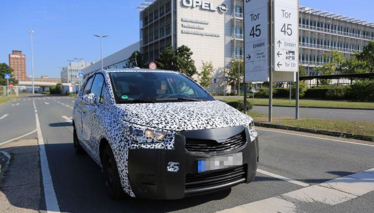 Opel Meriva 2017: le foto spia del prototipo
