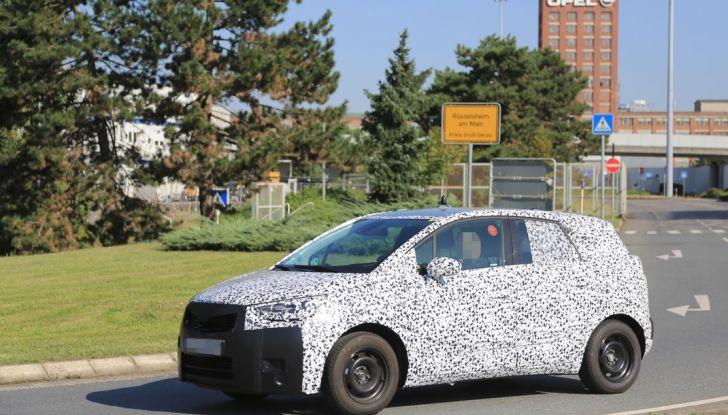 Opel Meriva 2017: le foto spia del prototipo, ora con maggiori dettagli - Foto 13 di 16