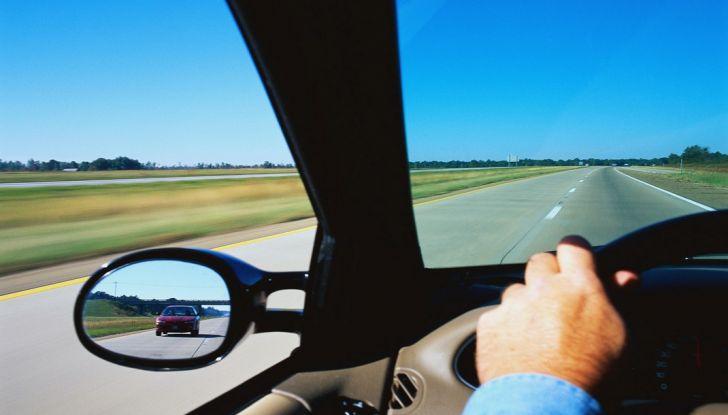 Vacanze estive in auto: consigli utili da seguire prima di partire - Foto 5 di 8