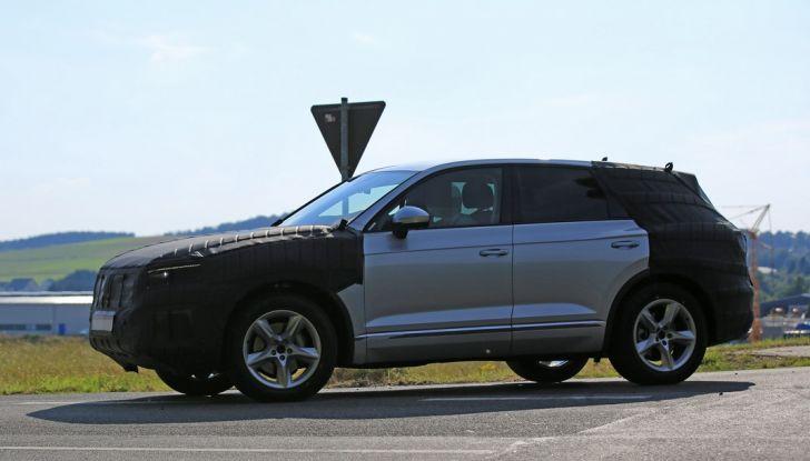 Volkswagen Touareg 2018: le prime foto spia del prototipo - Foto 2 di 16