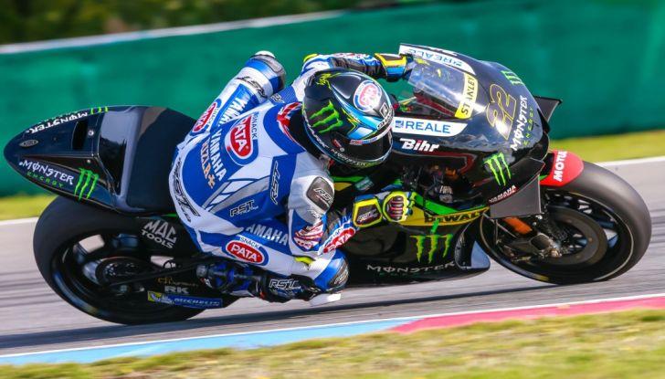 Risultati MotoGP 2016, Silverstone: vince Vinales, Rossi terzo - Foto 5 di 27