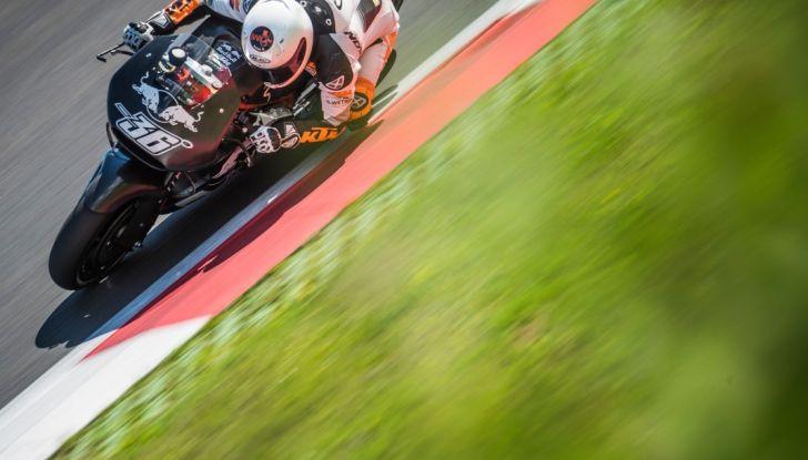 MotoGP 2016, Austria: trionfano le Ducati di Iannone e Dovizioso, Rossi quarto - Foto 8 di 11