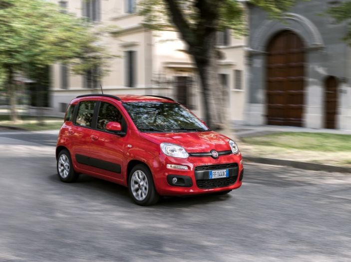 Fiat Panda 2017 frontale laterale.