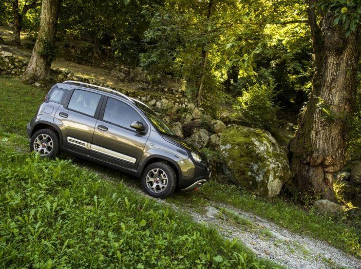 Fiat Panda in situazione off road.