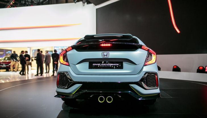 2017 Honda Civic Coupé, posteriore