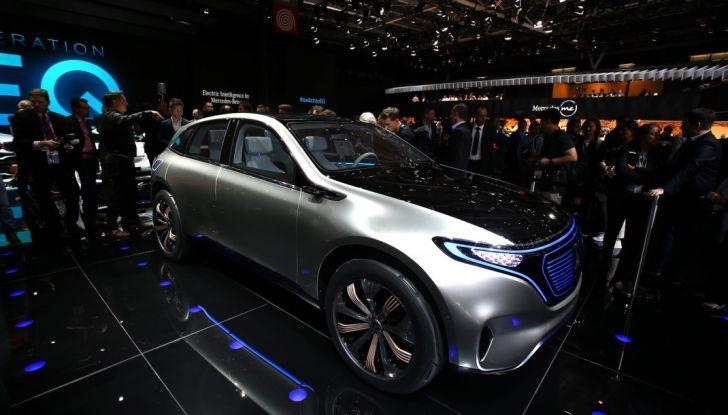 Mercedes Generation EQ al Salone di Parigi 2016 - Foto 11 di 24