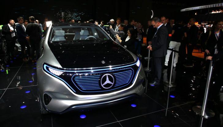 Mercedes Generation EQ al Salone di Parigi 2016 - Foto 13 di 24