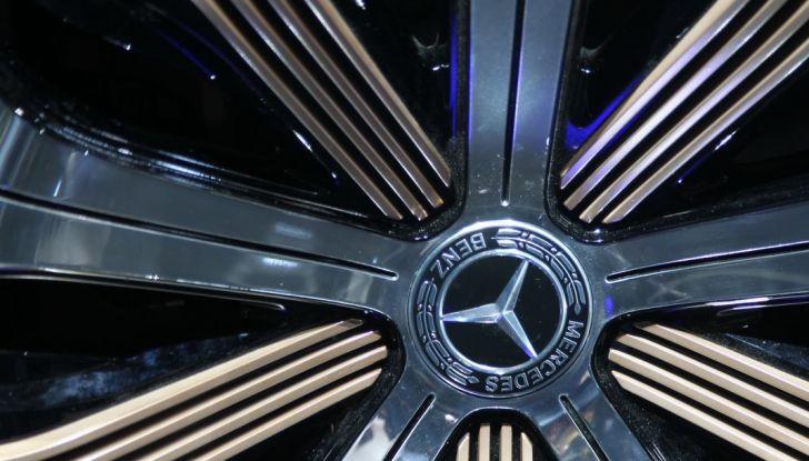 Mercedes Generation EQ al Salone di Parigi 2016 - Foto 16 di 24