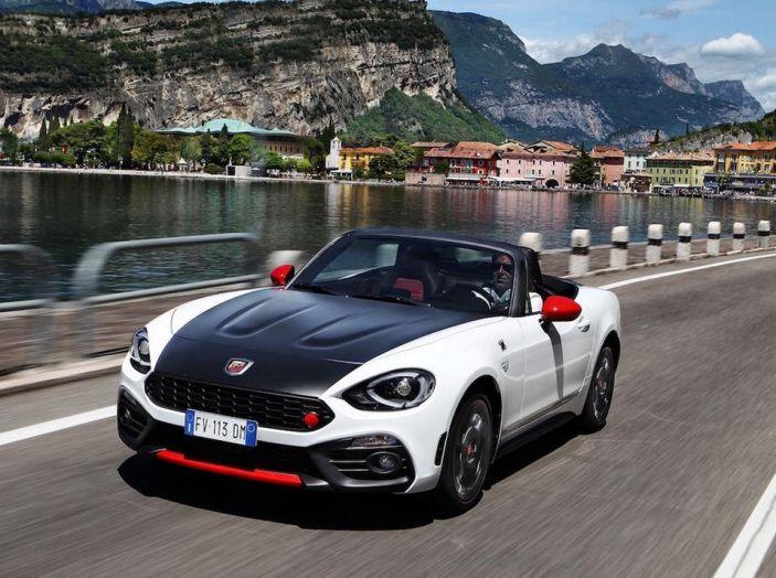 Alfa Romeo Giulia è l'Auto Più Bella Del Web 2016 (14)