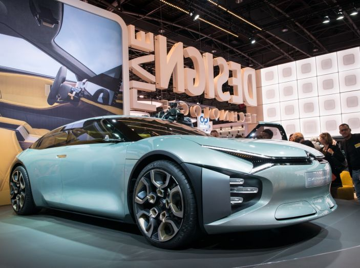 Citroen Cxperience concept: una delle novità al Salone di Parigi 2016