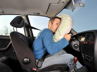 Come funzionano gli airbag di auto e moto