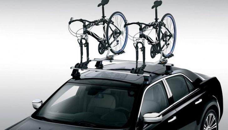 Trasporto bici in auto: accessori e modalità - Foto 7 di 7
