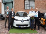 Renault: consegnato le chiavi del suo 100.000° veicolo elettrico