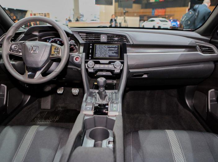 Nuova Honda Civic, postazione di guida.