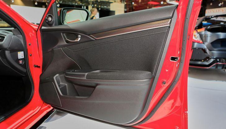 Nuova Honda Civic, apertura porta.