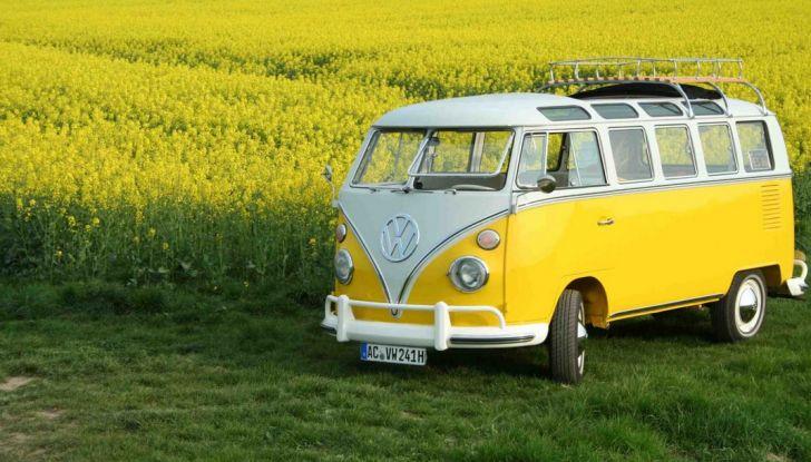 Volkswagen Bulli, il pullmino hippie ha ora un erede - Foto 4 di 10