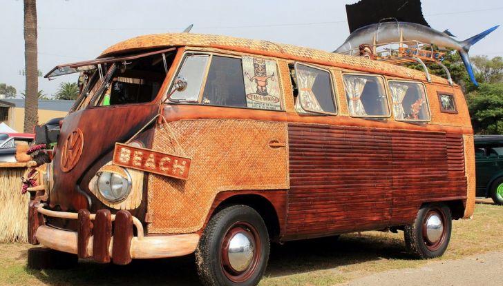 Volkswagen Bulli, il pullmino hippie ha ora un erede - Foto 3 di 10