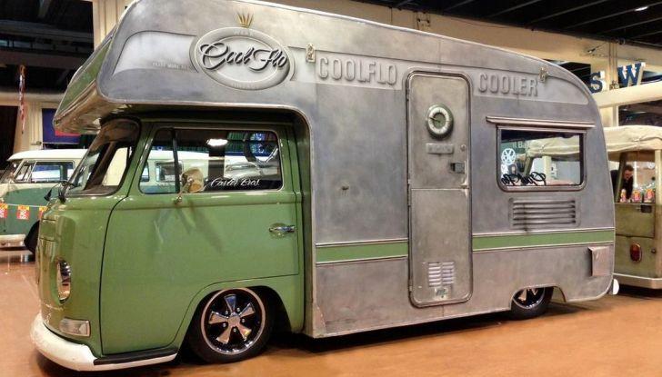Volkswagen Bulli, il pullmino hippie ha ora un erede - Foto 10 di 10