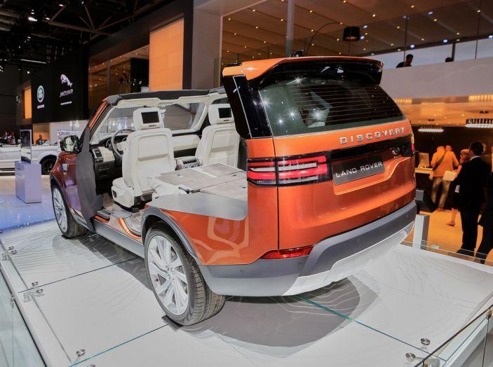Nuova Land Rover Discovery al salone Auto e Moto d'Epoca - Foto 4 di 19