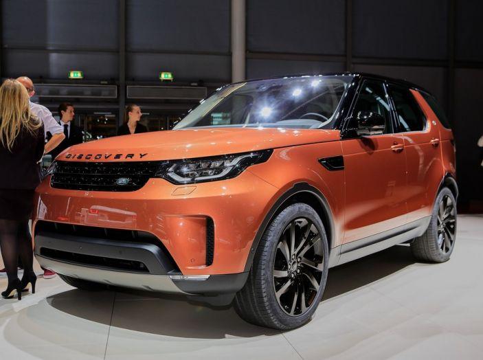 Nuova Land Rover Discovery al salone Auto e Moto d'Epoca - Foto 1 di 19