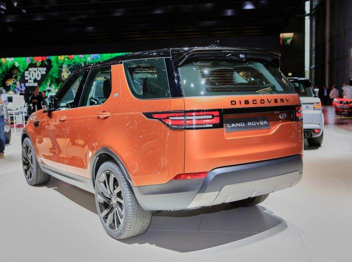 Nuova Land Rover Discovery al salone Auto e Moto d'Epoca - Foto 13 di 19