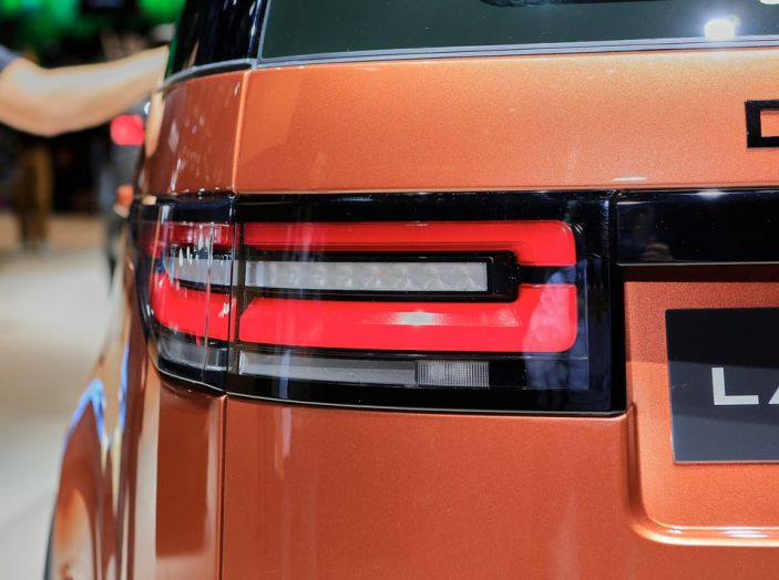 Nuova Land Rover Discovery al salone Auto e Moto d'Epoca - Foto 16 di 19