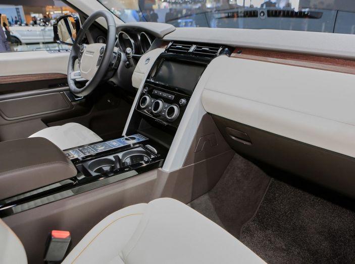 Nuova Land Rover Discovery al salone Auto e Moto d'Epoca - Foto 18 di 19
