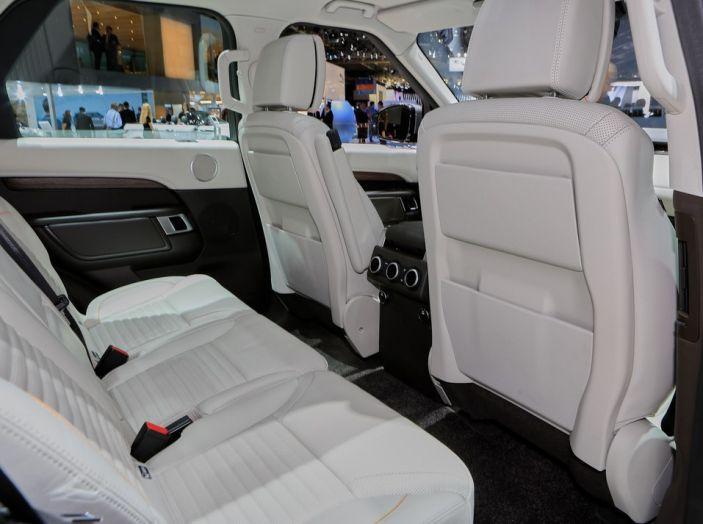 Nuova Land Rover Discovery al salone Auto e Moto d'Epoca - Foto 7 di 19
