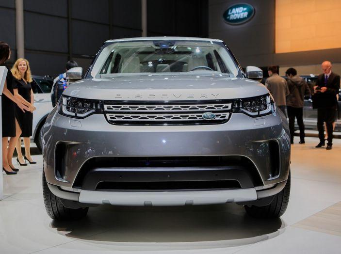 Nuova Land Rover Discovery al salone Auto e Moto d'Epoca - Foto 9 di 19