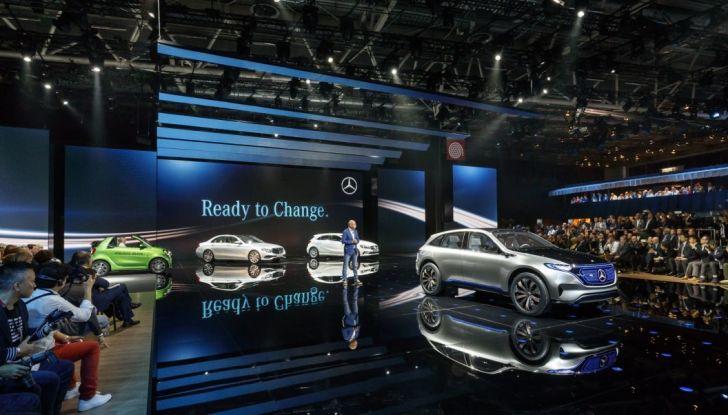Mercedes Generation EQ al Salone di Parigi 2016 - Foto 23 di 24