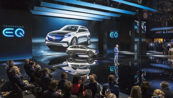 Mercedes Generation EQ al Salone di Parigi 2016 - Foto 19 di 24