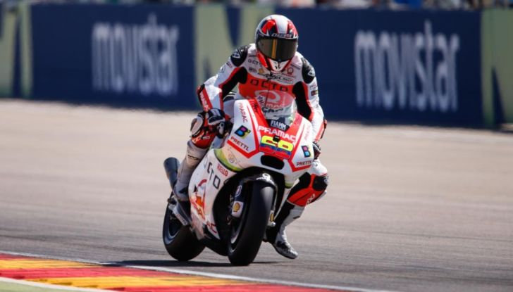 Risultati MotoGP 2016, Aragon: trionfa Marquez, Rossi terzo - Foto 16 di 22