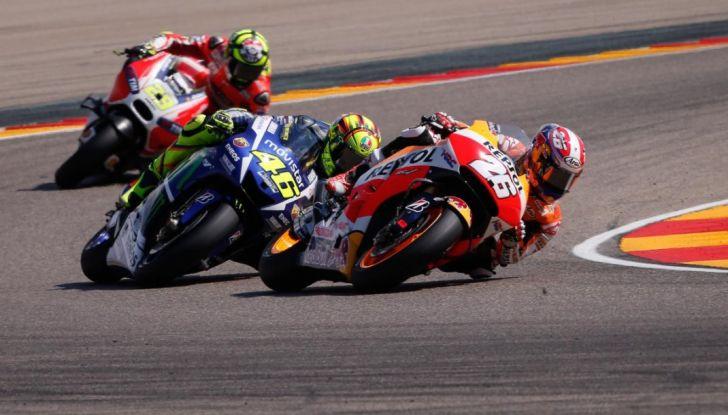 Risultati MotoGP 2016, Aragon: trionfa Marquez, Rossi terzo - Foto 4 di 22
