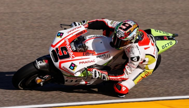 Risultati MotoGP 2016, Aragon: trionfa Marquez, Rossi terzo - Foto 8 di 22