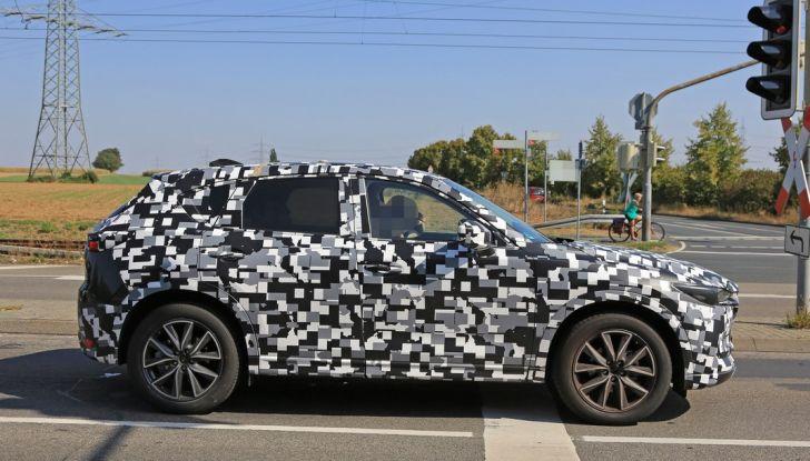 Mazda CX-5 MY2018, prime foto spia dei test dinamici - Foto 15 di 17